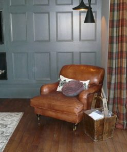 Varley Hall Distressed Oak Prime Grade Engineered Wood Flooring