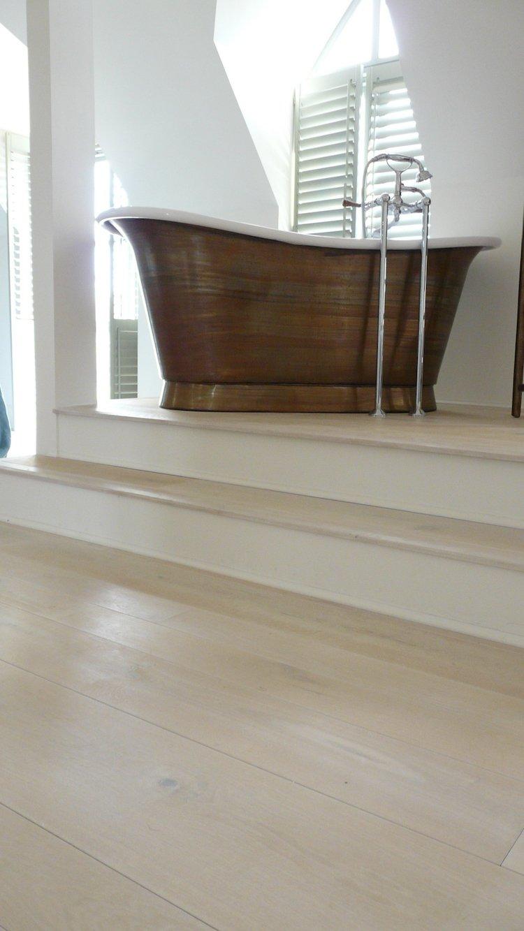 Naked floors Coastal Style white floors